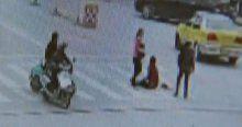 3 kadın kamyonun altında kalmaktan son anda kurtuldu