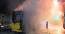 Korsan gösteri yapan grup İETT otobüsünü ateşe verdi