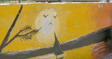 Öğrencilere okulu sevdirmek için duvara resim çizdiler