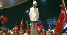 Darbe karşıtları Fethullah Gülen'in maketini idam etti