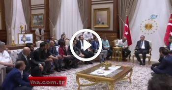 Erdoğan, sanatçı, oyuncu, radyocu ve sporcuları kabul etti