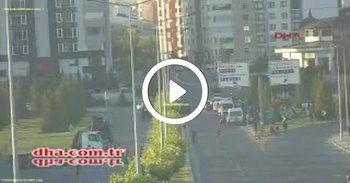 16 Temmuz sabah halkı böyle bombaladılar - video haber izle