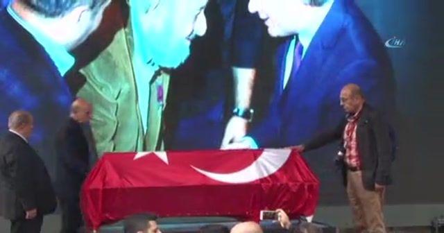 Ara Güler için Üç Horan Ermeni Kilisesi'nde tören