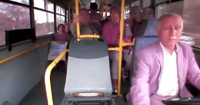 Midibüs sürücüsüne yumruklu saldırı