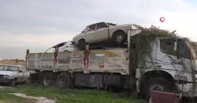 Milyonluk araçlar günden güne çürüyor