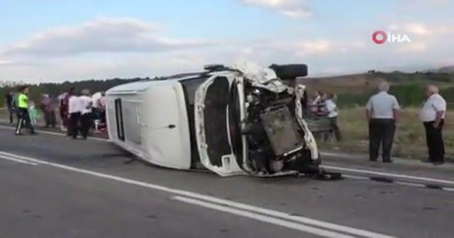 Kastamonu'da feci kaza: 1 ölü, 16 yaralı