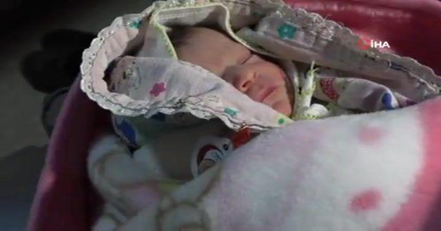 9 ay kız bekledikleri bebek erkek doğunca şaşkına döndüler