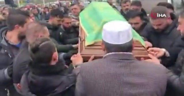 Irkçı saldırıda öldürülen Türk için cenaze töreni düzenlendi