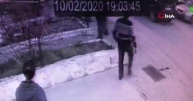 Öfkeli taksici oto tamircisini ve çalışanlarını ezdi: 3 yaralı