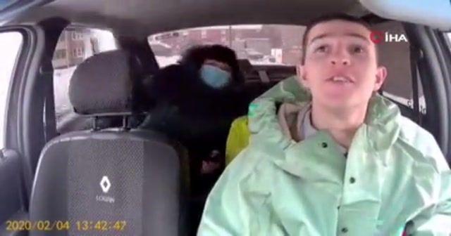 Rus taksiciler ise korona virüse karşı böyle önlem aldı