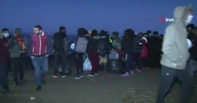 Sınır kapıları mültecilere açıldı