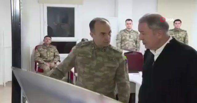 Bakan Akar ve Komutanlar sınırın sıfır noktasında