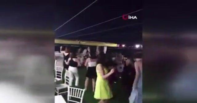 Korona virüse rağmen yat partisi kamerada