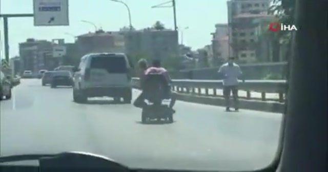 Akülü engelli aracıyla tehlikeli yolculuk kamerada