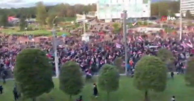 Belarus'taki gösterilerde 242 kişi gözaltına alındı