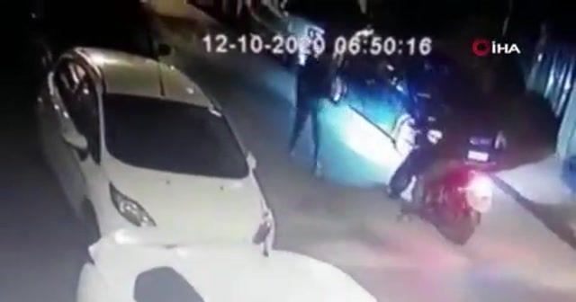 Berber dükkanına kurşun yağdırdılar