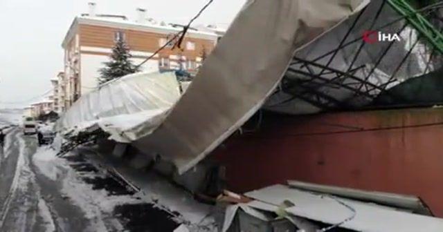 Eyüpsultan'da spor salonunun çöken çatısı drone ile görüntülendi