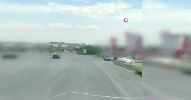 Arnavutköy'de kontrolden çıkan araç akaryakıt istasyonuna daldı