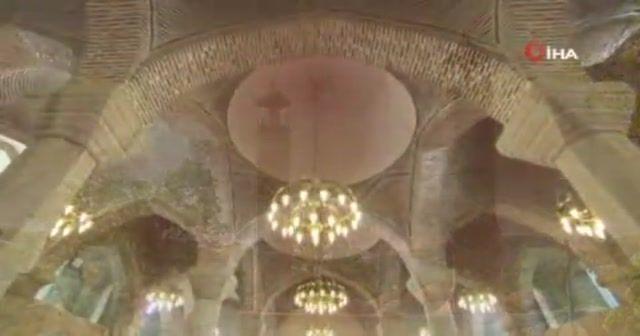 Karabağ'ın incisi Şuşa'da 29 yıl sonra ilk bayram namazı kılındı